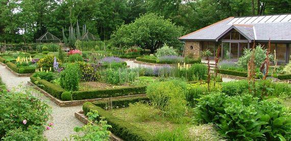 inis_beg_walled-garden